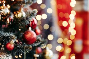 ハーバリウムでクリスマスをイメージするには